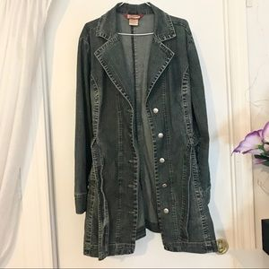Vintage Curvaceous Denim Trench